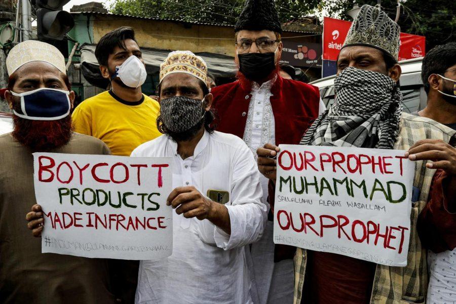 Photo By: Bikas Das; Muslim activists protest.